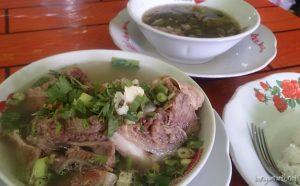 Tempat makan hits Sop Janda Bekasi